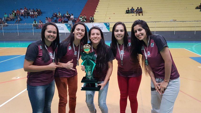 65ce5d2b10 A equipe de futsal feminino de Piraí do Sul entrou em quadra no domingo
